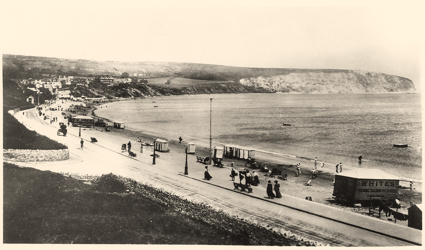 Swanage beach in the 1900s