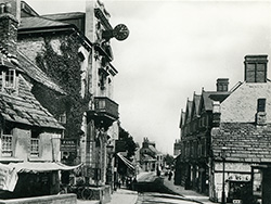 The High Street 1903 - Ref: VS1910