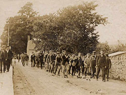 Click to view Procession at Newton 1904