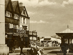 Click to view The Promenade Swanage 1920s