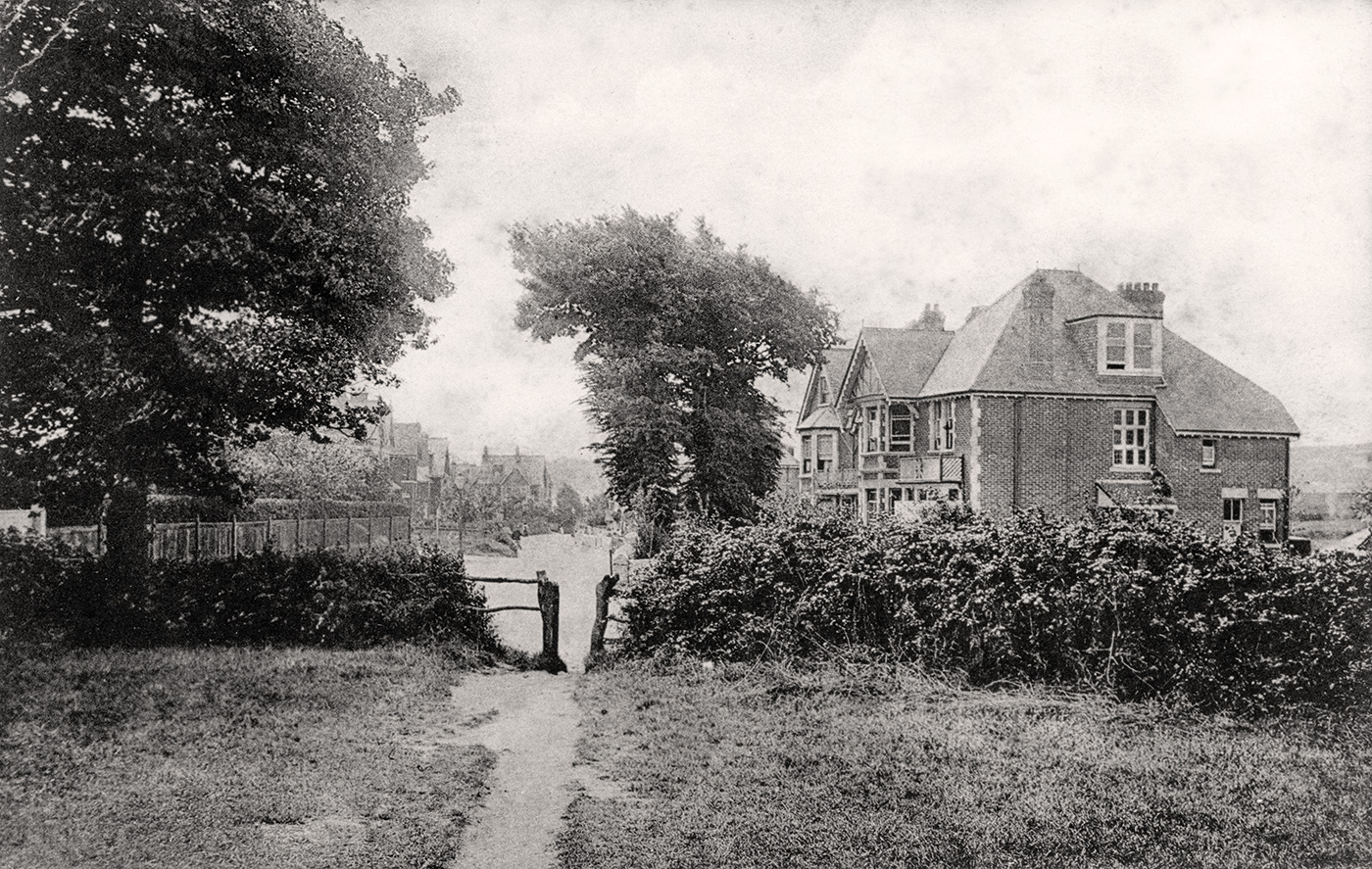 Ulwell Road in the early 1900s