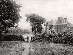 Click to view Ulwell Road in the early 1900s