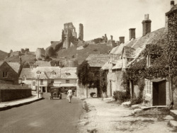 Click to view Corfe Castle Village