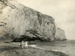 Dancing Ledge in 1928 - Ref: VS2050