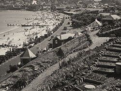 Click to view Shore Road and seafront in the 1930s