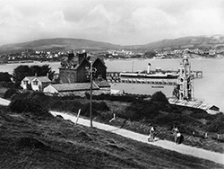 Swanage bay and Pier in the 1930s - Ref: VS2135