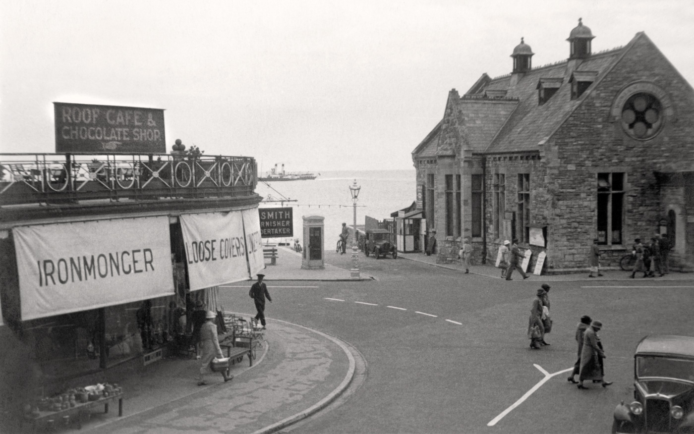 Station Road and The Mowlem 1934