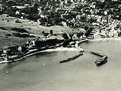 Click to view The Piers at Swanage after World War II
