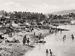 Monkey Beach in the 1950s - Ref: VS2076