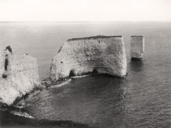 Click to view Old Harry Rocks The Foreland