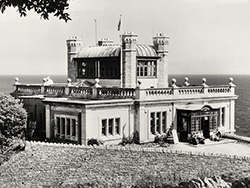 Click to view Durlston Castle