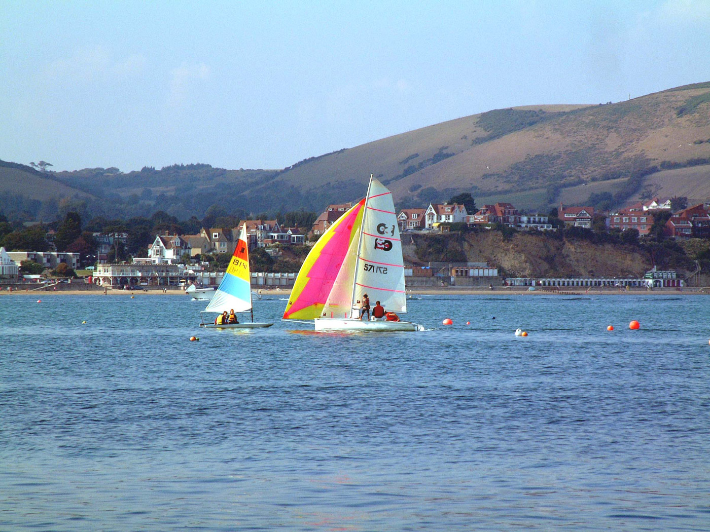 Sailing in Swanage Bay