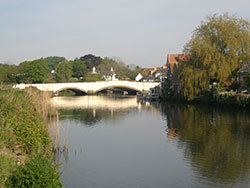 Click to view Wareham river and Bridge