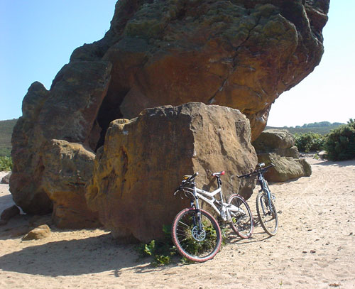 Agglestone Rock and Bikes