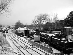 Click to view Snow on the Railway from the Bridge