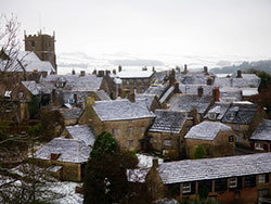 Snowy Corfe Castle Village - Ref: VS1176