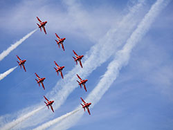 Red Arrows - Ref: VS1229