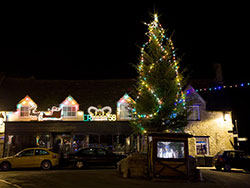 Click to view Corfe Lights in the Square