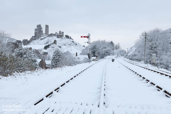 Snow at Corfe Station