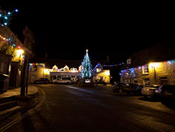 Corfe Castle  Square Christmas Lights - Ref: VS1380