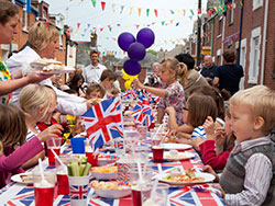 Click to view Royal Wedding Party in Richmond Road