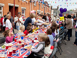 Click to view Children at the Royal Wedding Party