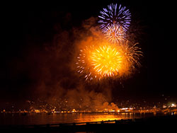 Click to view Swanage Carnival Fireworks