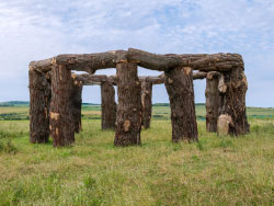 Click to view Wood henge at Worth