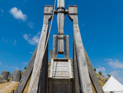 Click to view Trebuchet in Corfe Castle