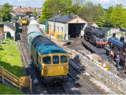 Click to view Class 33 train on the Diesel Gala