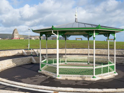 Click to view Swanage Bandstand and the War Memorial