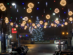 Click to view Station Road and Christmas Lights