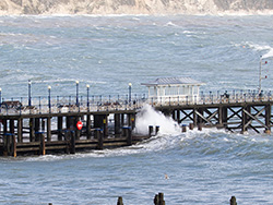 Swanage Pier in Storm Alex - Ref: VS2130