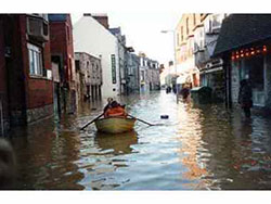 Kings Road Flooded in 1990