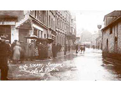 High Street Flooded in 1914